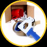Boîte en carton avec ruban d'emballage